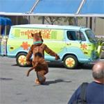 Scooby-Doo & the 'Mystery Machine' van (StreetView)