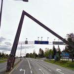 Crossing the Arctic Circle (StreetView)
