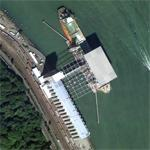Grain ship loading at silo (Google Maps)