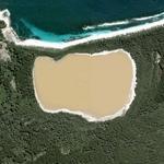 Lake Hillier (Yahoo Maps)