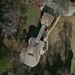 Guitar Shaped House (Yahoo Maps)