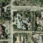 Brad Garrett's home (former) (Yahoo Maps)