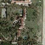 Dwight Schar's House (Yahoo Maps)