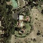 Stuart Whitman's house (Yahoo Maps)