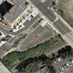 Brian Setzer's Condo (Yahoo Maps)
