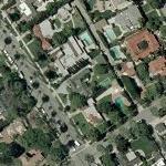 Lisa Kudrow's House (Yahoo Maps)