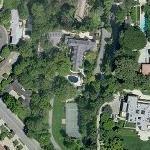 Elizabeth Montgomery's House (former) (Yahoo Maps)