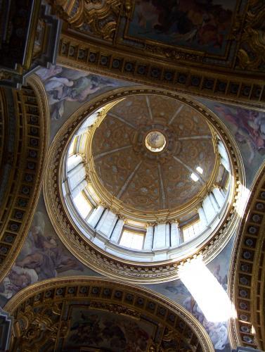 La cupola (third biggest in Rome!)