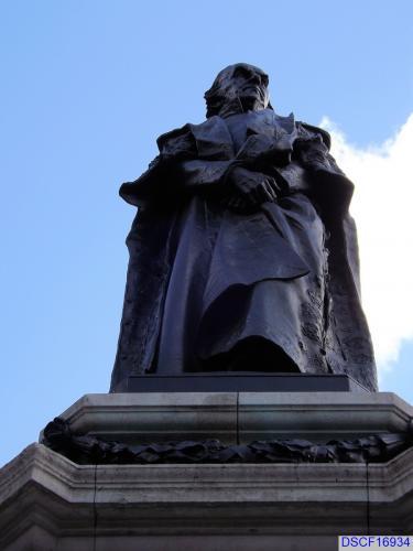 Statue of William Gladstone