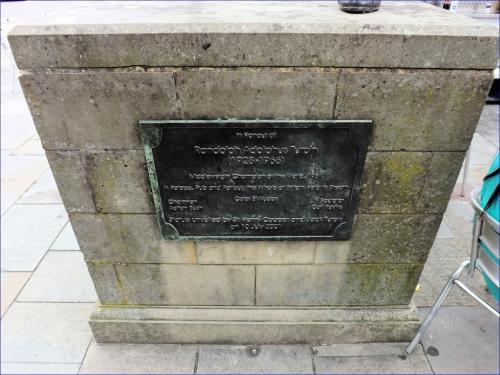 Randolph Turpin statue