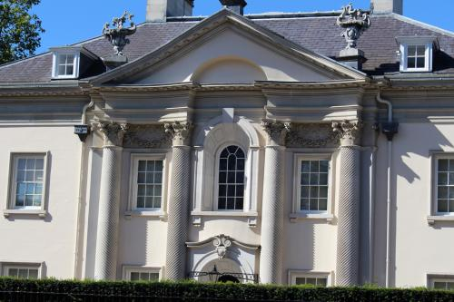 Quinlan Terry's Corinthian Villa