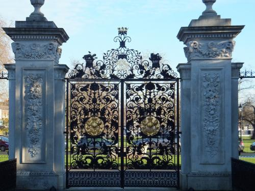 Elizabeth Gate - Kew Gardens