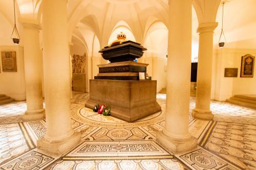 Sarcophagus of Horatio Nelson