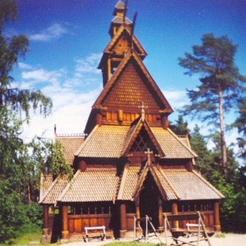 Gol Stave Church, July 2001
