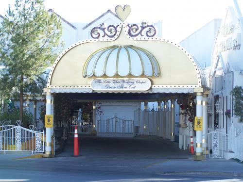 Tunnel Of Love Drive Thru Wedding Chapel In Las Vegas Nv Virtual