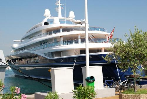Photo taken Aug 5th 2008 in Antibes yatch club (Antibes South of France)