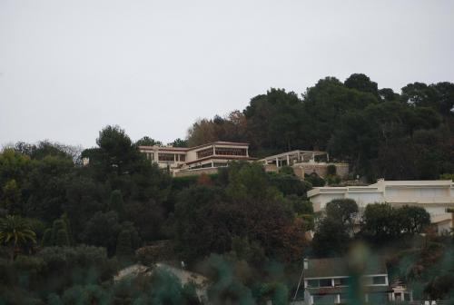 Tina Turner's House - Xmas 2008