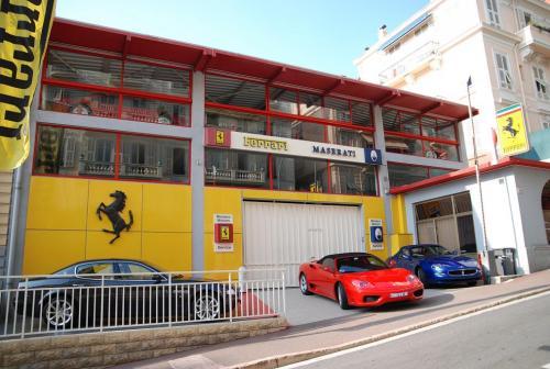 Monaco Motors - Jan 2009