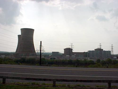 Three Mile Island Unit 2 Reactor Containment Building and Partially Disassembled Cooling Towers, May 2000