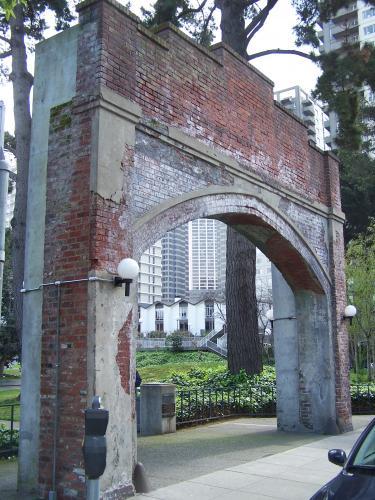 Colombo Market Arch