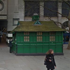 Embankment Place Cabmen's Shelter (StreetView)