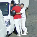 Hug (StreetView)