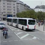 Triple segment articulated bus (StreetView)