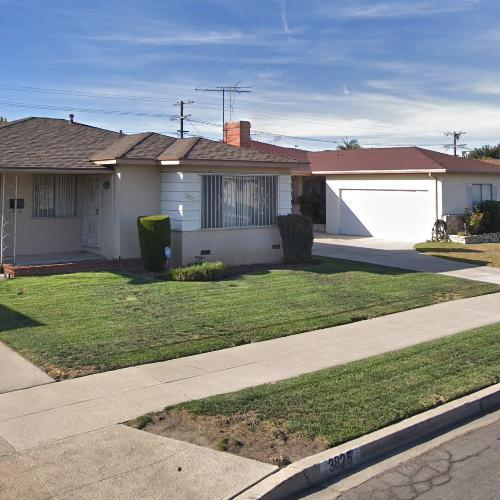 Location where the Black Dahlia's body was found (StreetView)