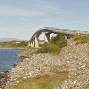 Kalvøyrevet Bridge (StreetView)