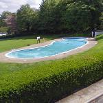 Swimming pool (StreetView)