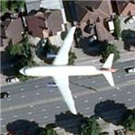 Airliner over London (Google Maps)