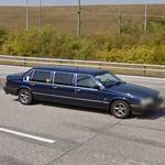 6-door limousine (StreetView)
