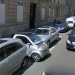 Good parking- Smart(automobile) (StreetView)