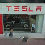 Tesla (StreetView)