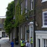 The Oldest Wisteria in the U.K. (StreetView)