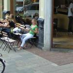 Reading newspaper (StreetView)