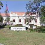 Mirror Lake Branch Library (StreetView)