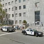 Police cars at San Francisco Hall of Justice (StreetView)