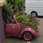 Car planter (StreetView)
