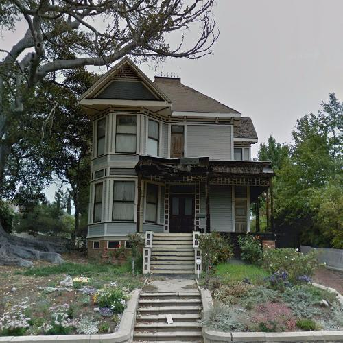 'Thriller' House In Los Angeles, CA (Google Maps