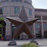 Giant Star (StreetView)