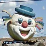 Big Clown Head (StreetView)