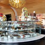 Guylian Belgium Chocolate Cafe (StreetView)