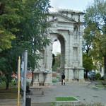 Arco dei Gavi (StreetView)