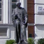 Statue of Michael Faraday (StreetView)