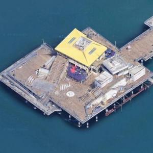Santa Monica Pier (Google Maps)