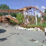Roller Coaster in Parc Asterix (StreetView)
