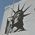 Statue of Liberty Mural (StreetView)