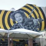 Larry Fine mural (StreetView)