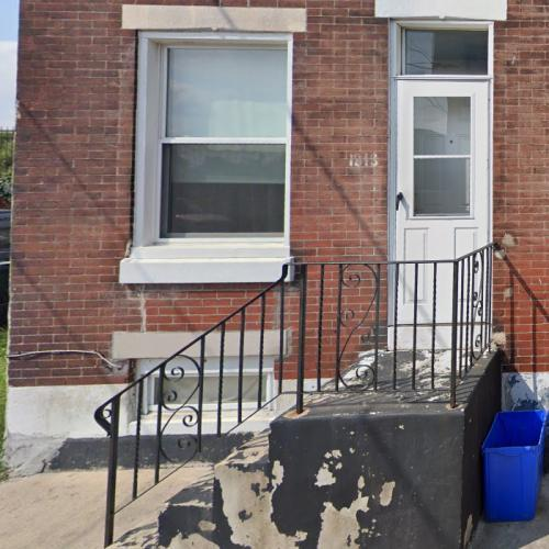 Rocky Balboa's doorstep (StreetView)